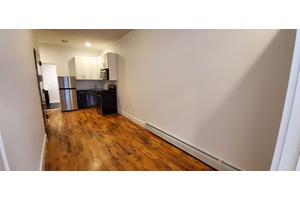 Gorgeous One Bedroom in Prime Stuyvesant Heights!!